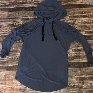 Forever 21 Contemporary hoodie. Size small.